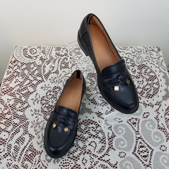 34a17b5b95e80d TOMMY HILFIGER Norma 8.5M Women Black Loafer. M 5ae2914c6bf5a6bbe793ca18